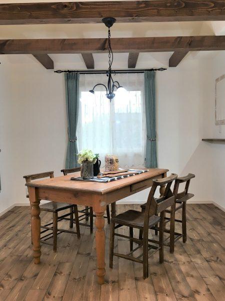 明日は「大人のフレンチStyleの家」完成見学会です♪ 茨城県輸入住宅