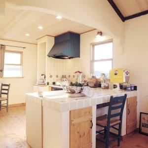 広くて明るいキッチン